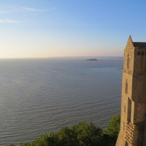 Difference in tides - Tips of Mont St Michel in France