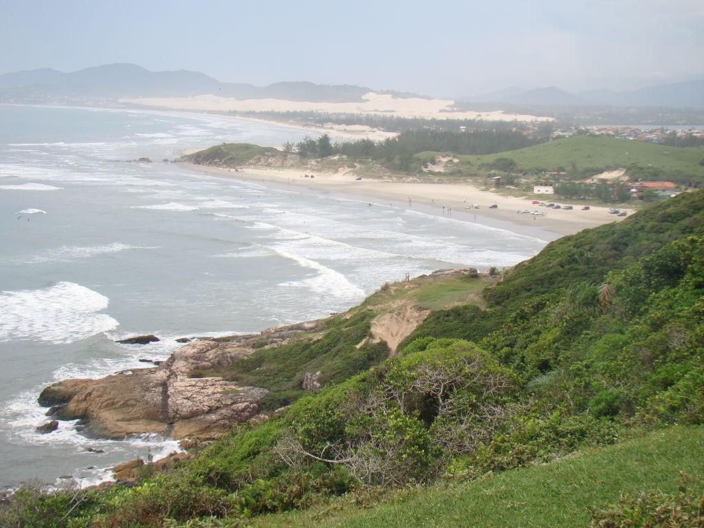 Praia do Luz vista do morro da Praia do Rosa - As mais descoladas e melhores praias de SC
