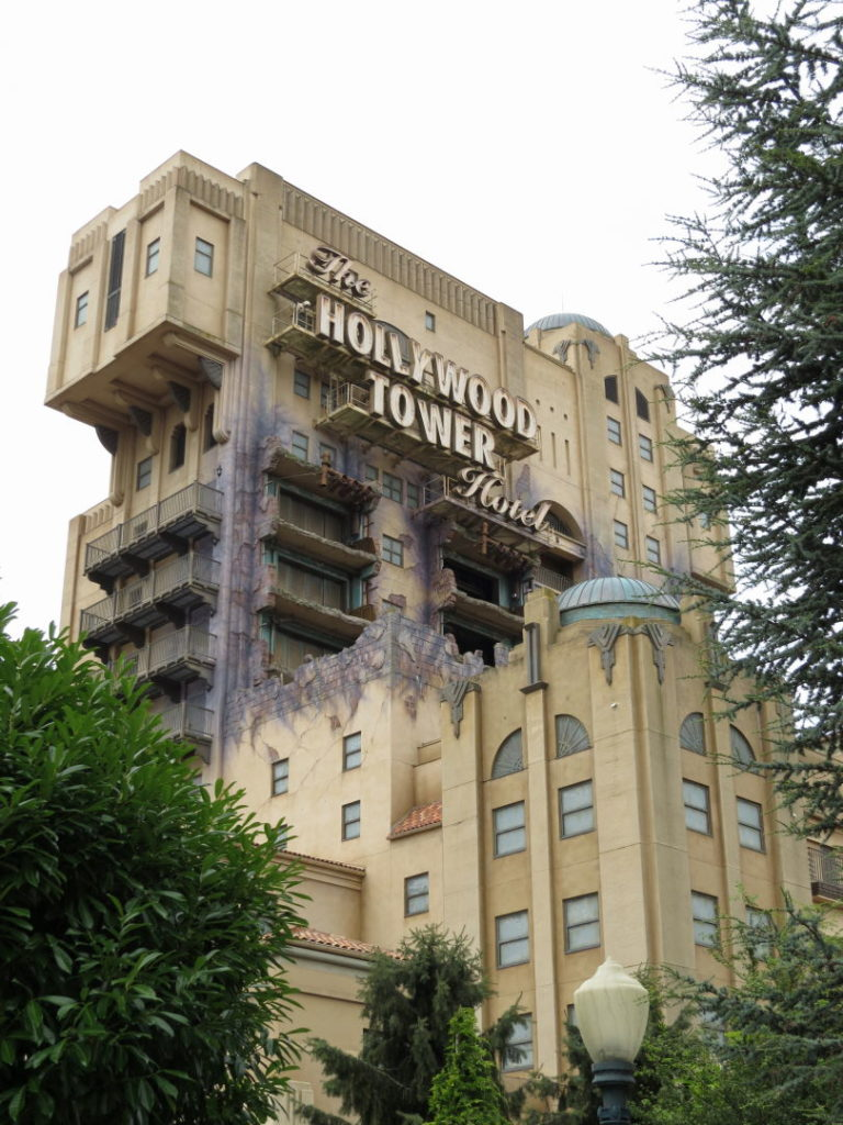 The Twilight Zone Tower of Terror -  A Disneyland Paris vale a pena?