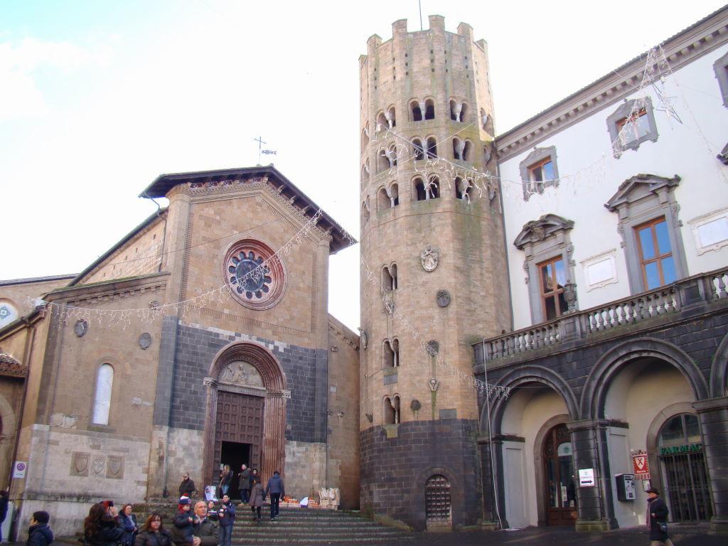 Sant'Andrea Church , Orvieto in 01 day
