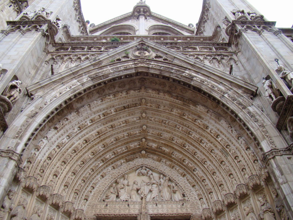 Facade detail of Toledo Cathedral - Toledo in 01 day