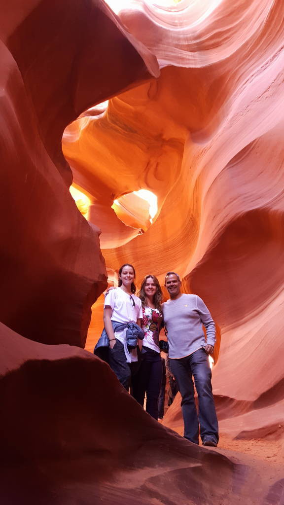 Visiting Antelope Canyon - The most spectacular canyon in USA