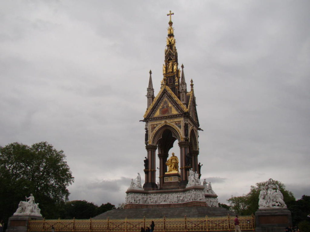 Prince Albert Memorial - Best and most famous parks in London