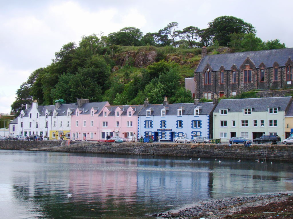 Portree Harbour na Ilha de Skye - O que fazer na Escócia - Highlands Escocesas