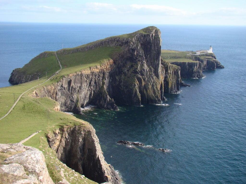 Neist Point Lighthouse na Ilha de Skye - Highlands Escócia