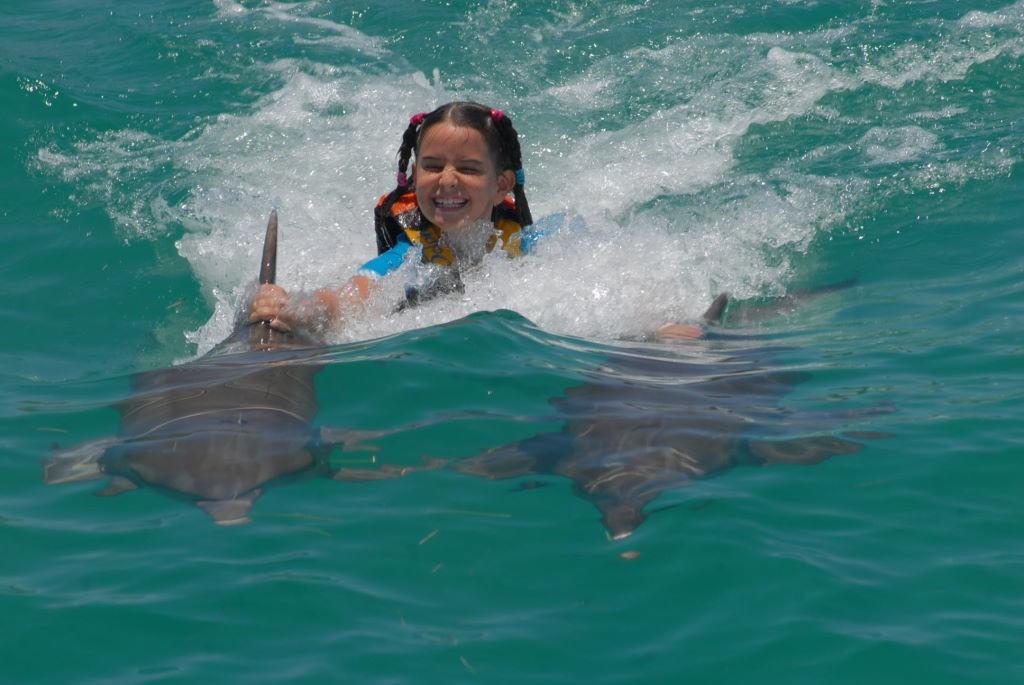 Dorsal tow - Nadar com golfinhos em Isla Mujeres