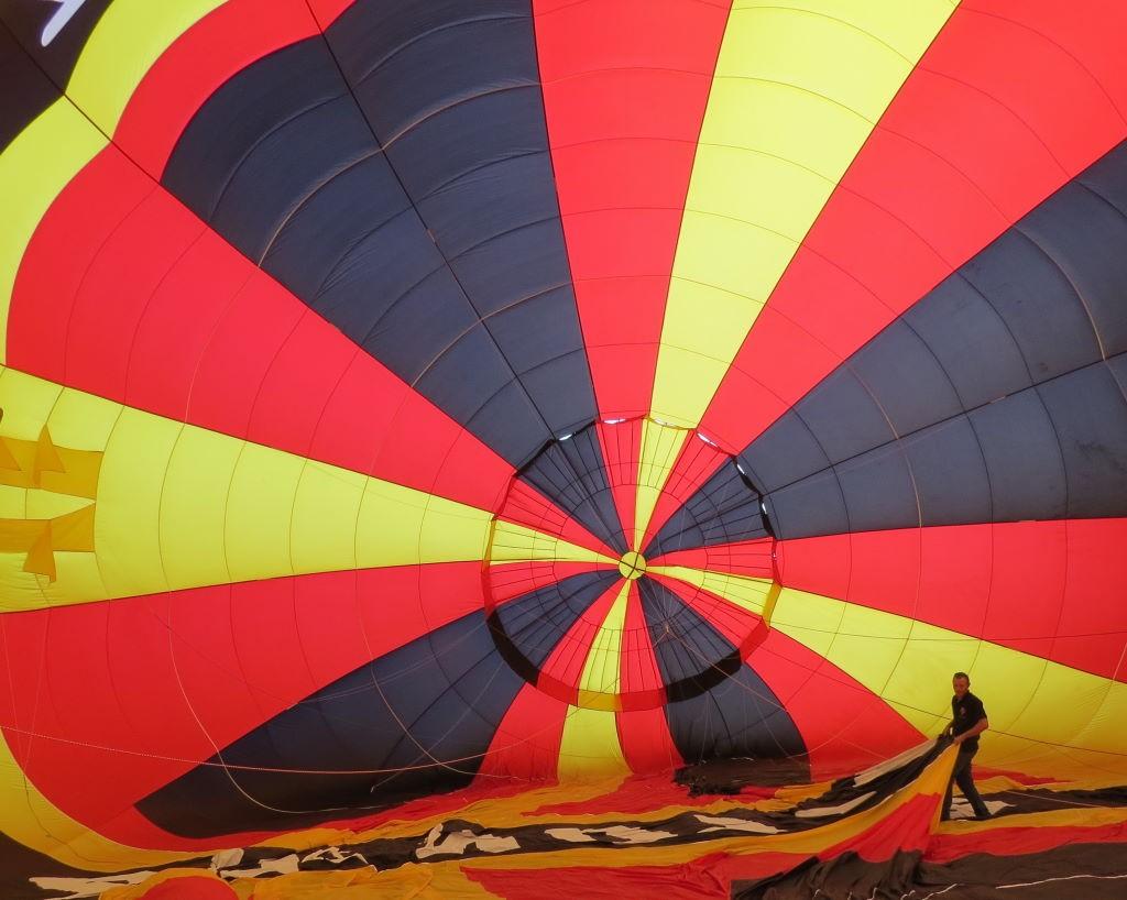 Preparação para o passeio de balão no Vale do Loire França