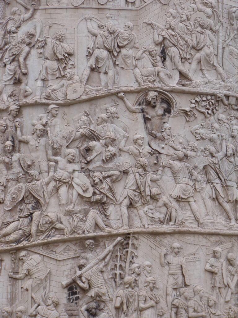 Coluna de Trajano - Pontos Turísticos de Roma - O que fazer em 3 dias
