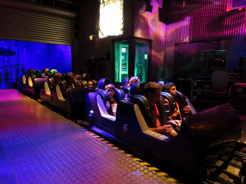 Rock'n'Roller Coaster - A Disneyland Paris vale a pena?