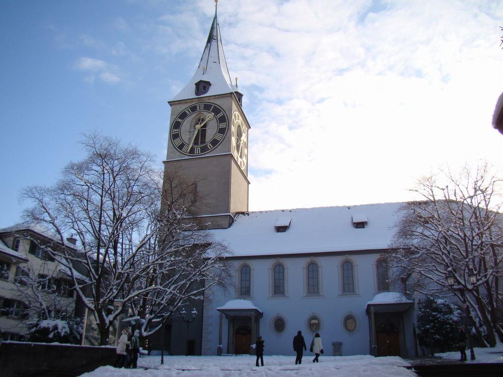 Igreja St.Peter - O que fazer em Zurique no inverno - Ano Novo e Pontos Turísticos
