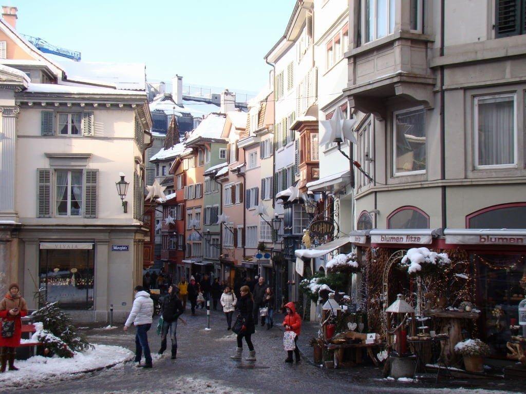 Augustinergasse - O que fazer em Zurique no inverno - Ano Novo e Pontos Turísticos