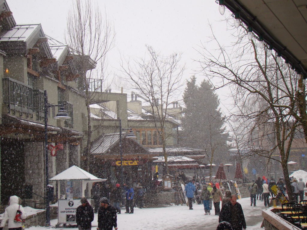 Village Stroll - O centro - O que fazer em Whistler Canadá além de esquiar