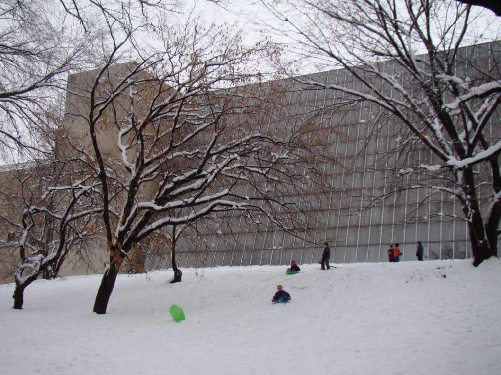 Metropolitan Museum - O que fazer em Nova York no inverno - Com neve!