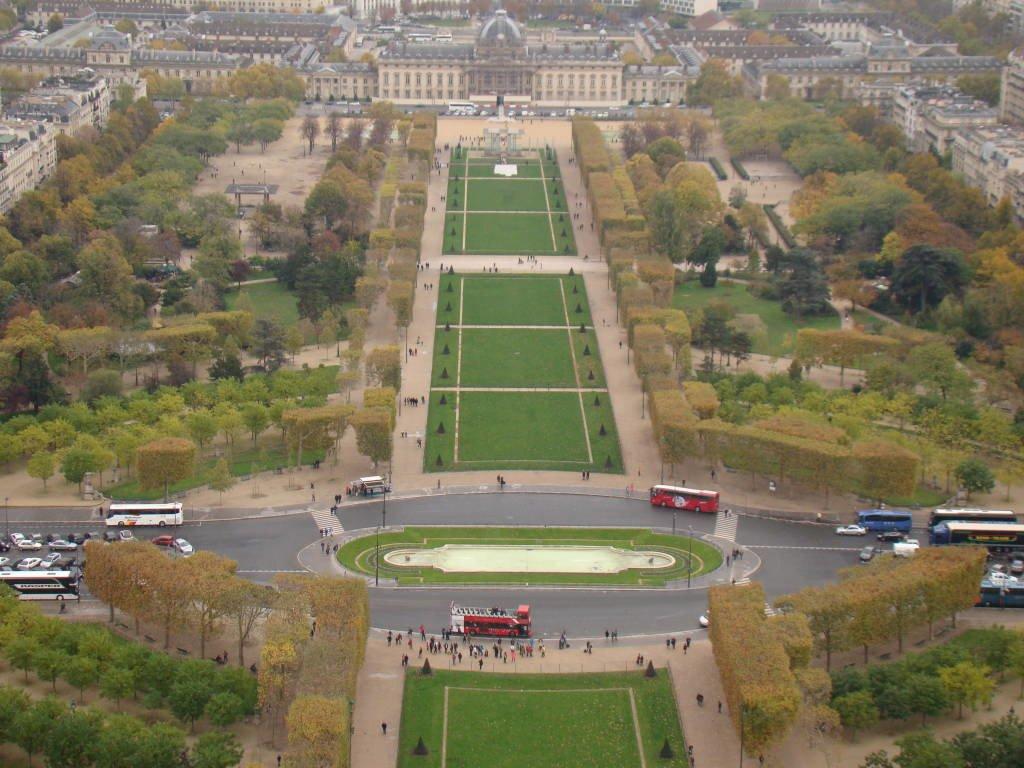 Champ de Mars - Pontos turísticos de Paris - Roteiro 5 dias