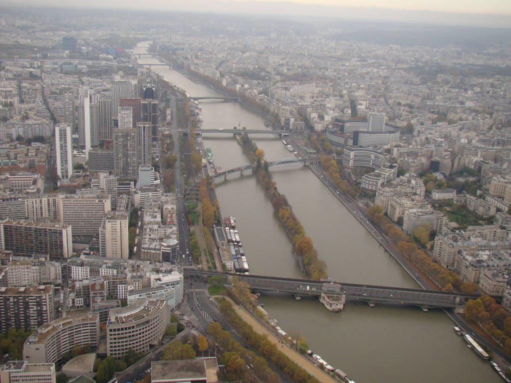 Segundo estágio da Torre Eiffel - Pontos turísticos de Paris - Roteiro 5 dias
