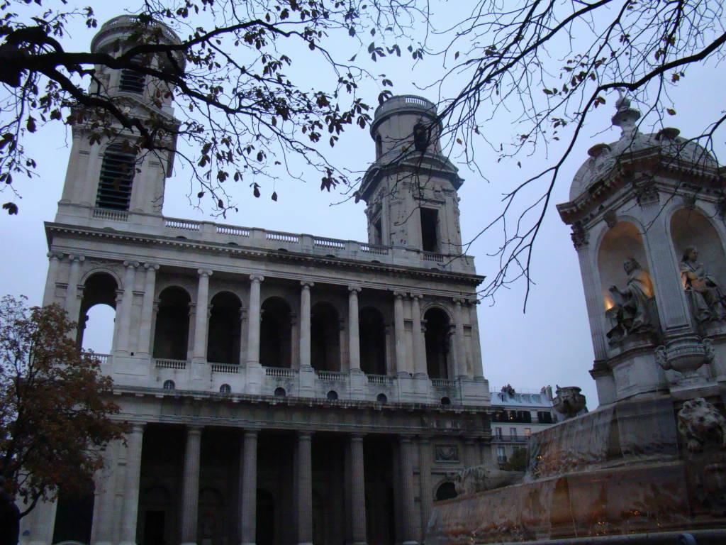 Saint Sulpice - Pontos turísticos de Paris - Roteiro 5 dias