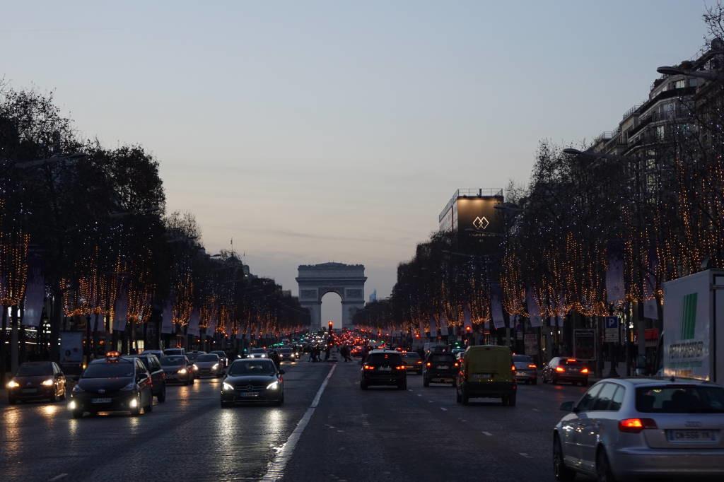Av. des Champs-Élysées - Roteiro Paris 5 Dias - Pontos Turísticos