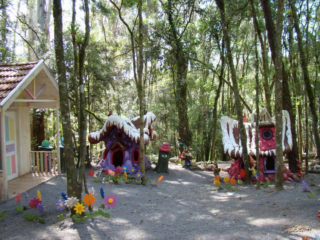 O que fazer no Parque Terra Mágica Florybal