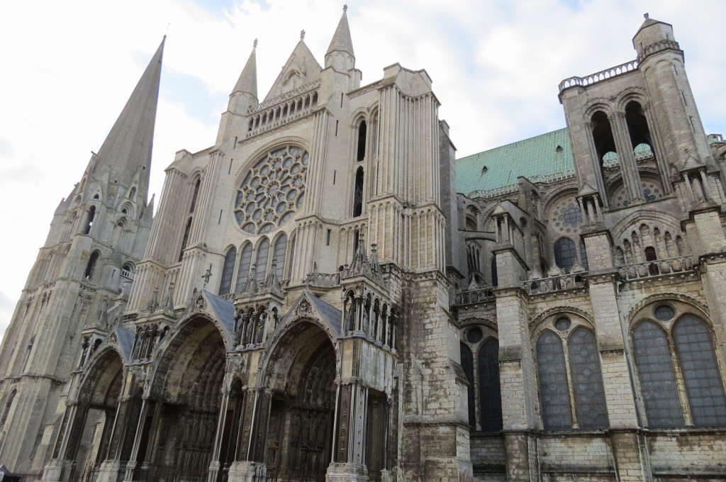 Catedral - O que fazer em Chartres França: Passeio perto de Paris