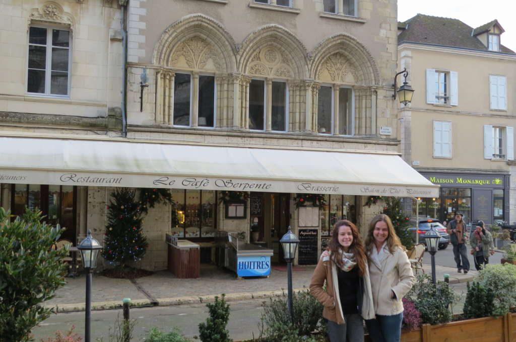 Le Café serpente - O que fazer em Chartres França- Passeio perto de Paris