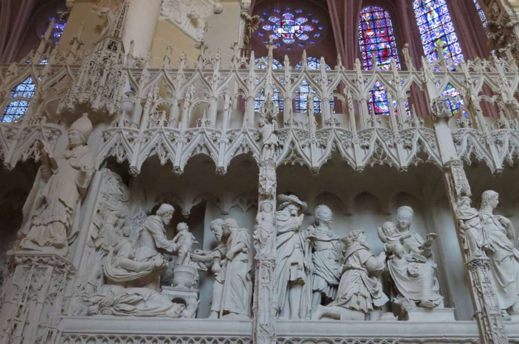 O altar - O que fazer em Chartres França- Passeio perto de Paris