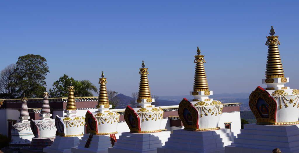 Estupas - Passeio ao Templo Budista em Três Coroas RS