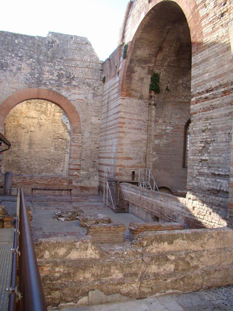 Termas de Constantino - Arles França no Natal - Pontos Turísticos e Programação