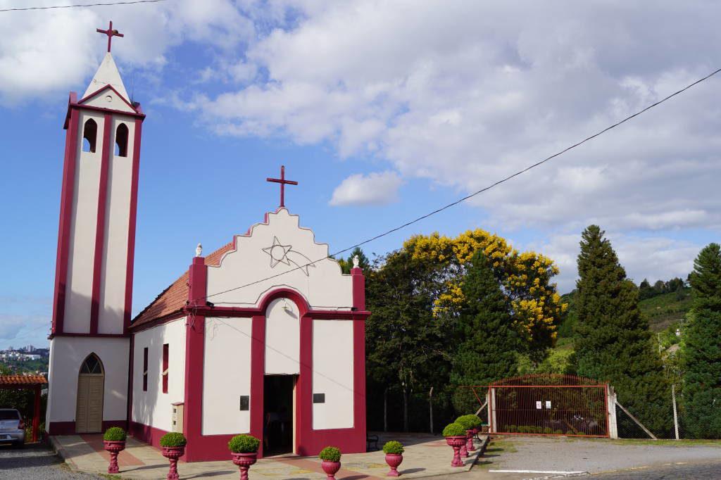 Capela Nossa Senhora das Neves - Passeio Vale dos Vinhedos Bento Gonçalves na Serra Gaúcha