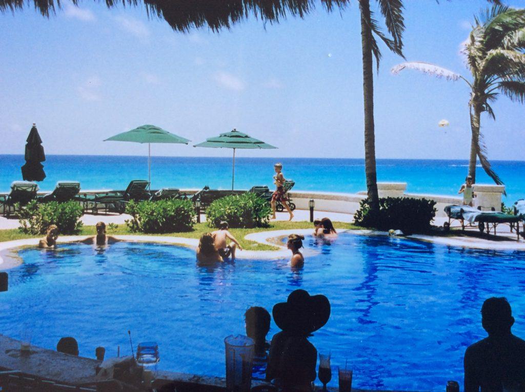 Piscina só para adultos JW Marriott - O que fazer em Cancun México