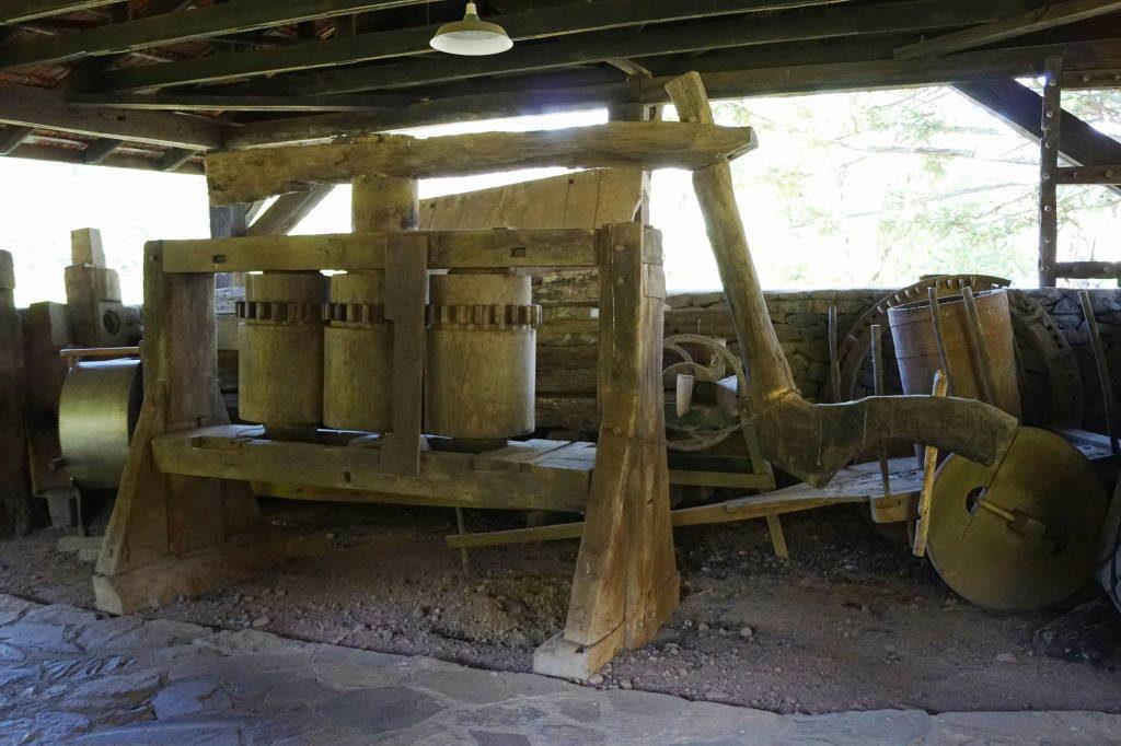 O moinho de tração animal - Castelinho Caracol Canela RS