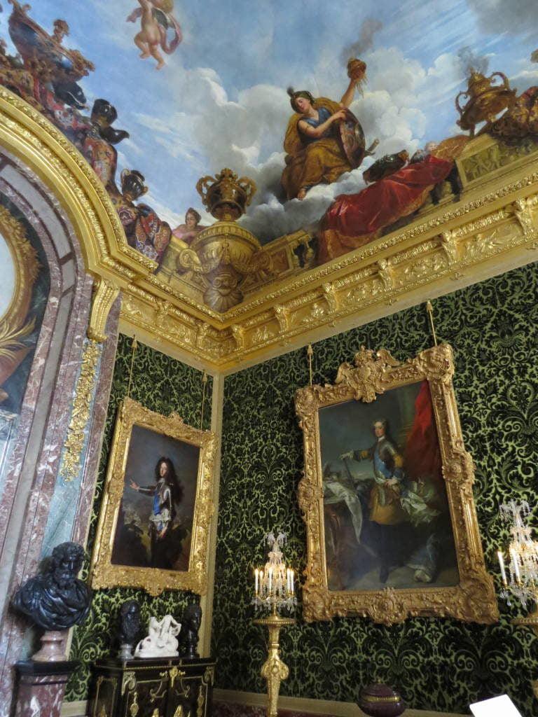 O Hall da Abundância - O Palácio de Versalhes França