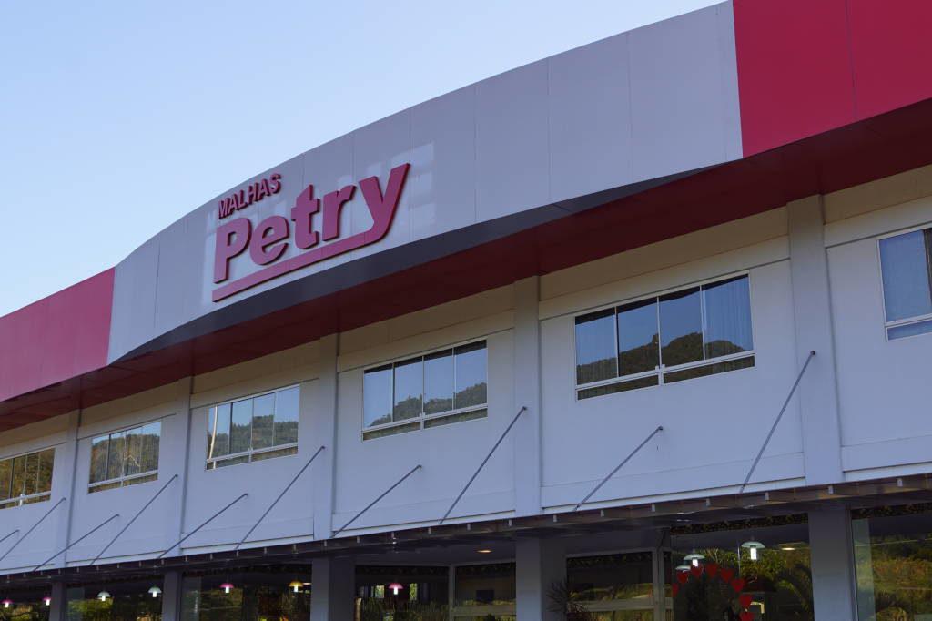 Malhas Petry - Compras em Gramado, Canela e no Caminho - Roupas Baratas