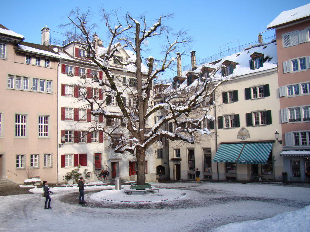 St. Peter Hofstatt - O que fazer em Zurique no inverno - Ano Novo e Pontos Turísticos