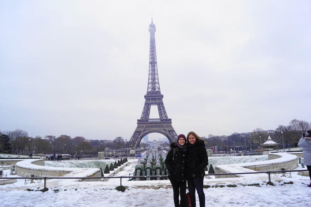 Torre Eiffel - Viajar para Paris no inverno com neve!