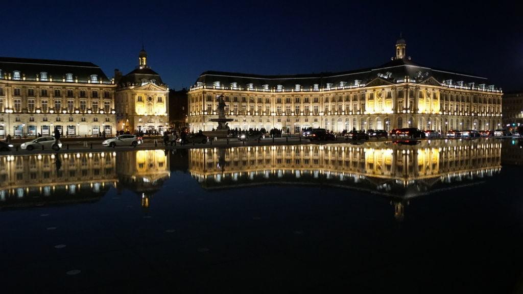 Espelho d'Água na Place de la Bourse - Duna de Pilat - Bordeaux França: Cidade do Vinho, Duna de Pilat e muito mais!