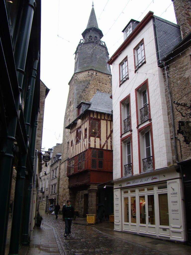 Tour de L'Horloge França - Dinan França - Uma das mais belas cidades da Bretanha