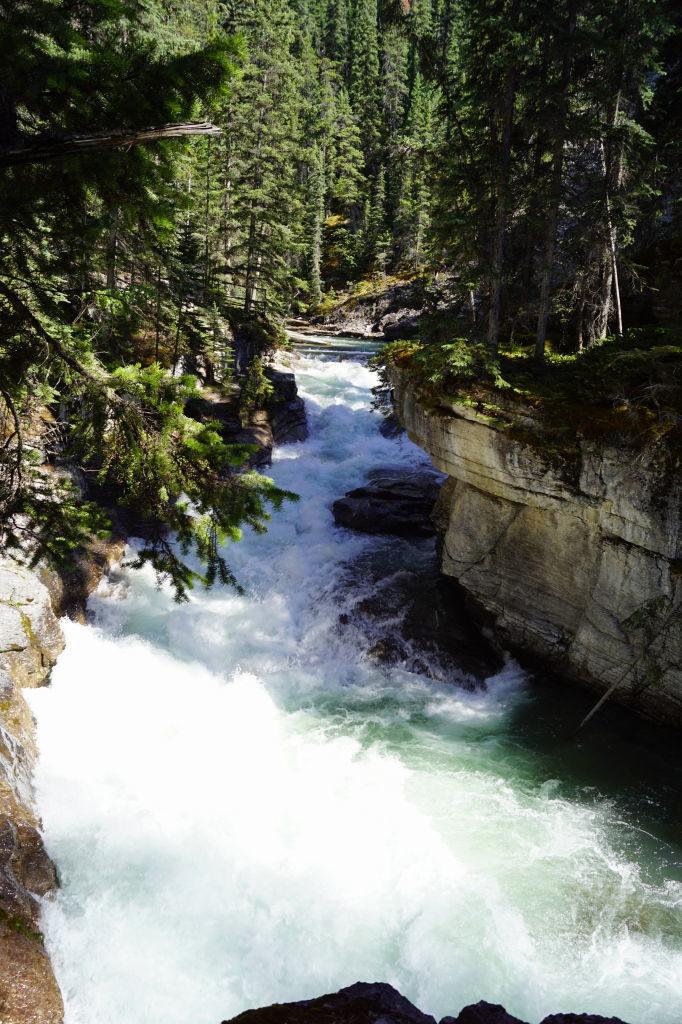 Maligne Canyon Trail - O que fazer no Parque Nacional Jasper Canadá