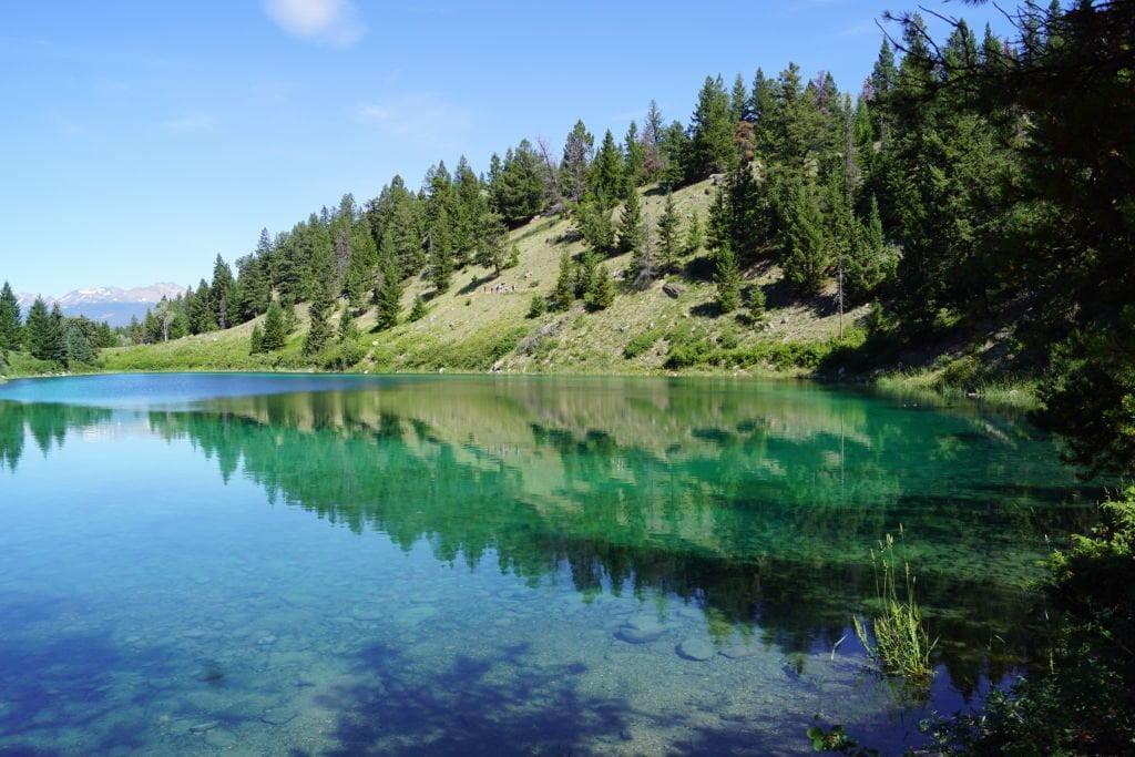 3º Lago na Trilha do Vale dos 5 Lagos - O que fazer no Parque Nacional Jasper Canadá