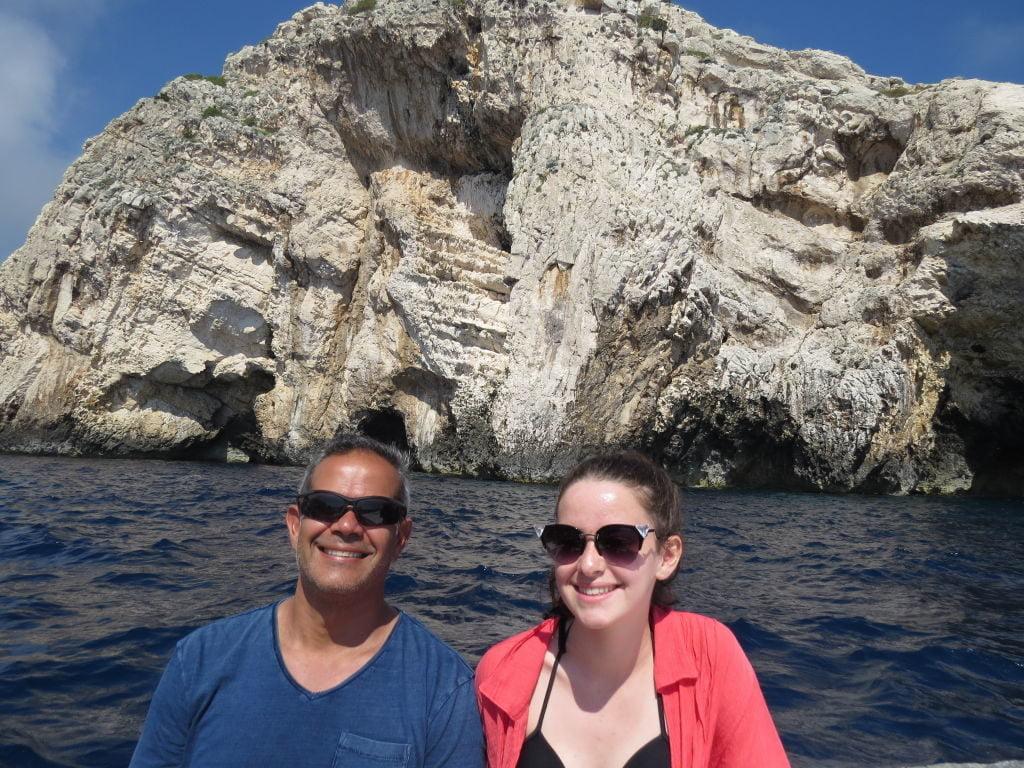 Caminho da Gruta Azul para a Gruta Verde - Croácia Praias e Pontos Turísticos