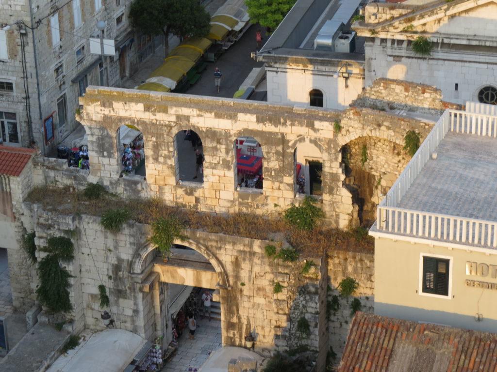 The Silver Gate no Palácio de Diocleciano - O que fazer em Split Croácia