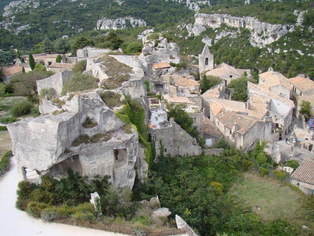 A habitação troglodita e o vilarejo - O que fazer em Les-Baux-de-Provence