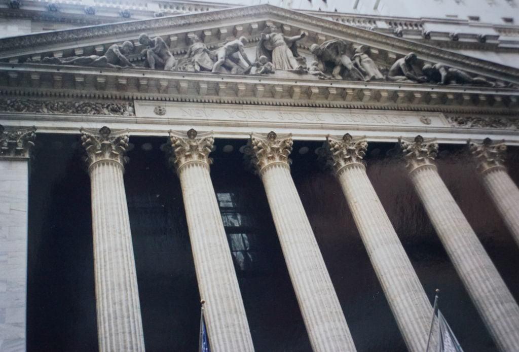 Bolsa de Valores em Wall Street - Principais Pontos Turísticos de Nova York