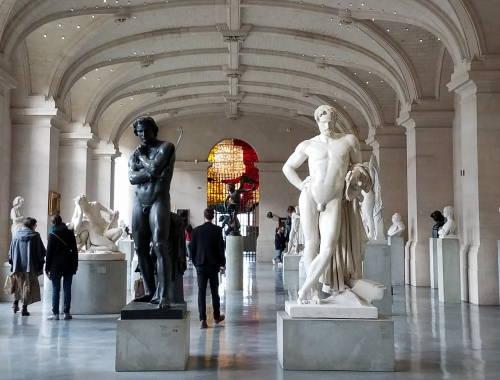 Spartacus quebrando suas correntes - Palácio de Belas Artes - O que fazer em Lille França