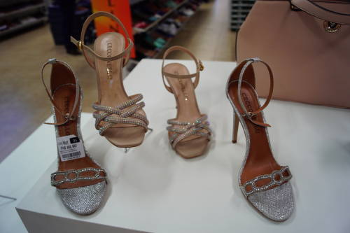 Outlet Shoes - Outlets de Sapatos em Gramado